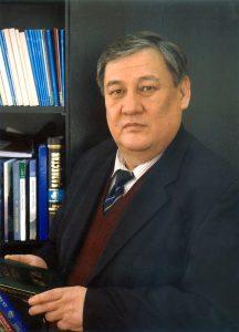 世界詩歌記念日の提唱者はモンゴル系詩人だった
